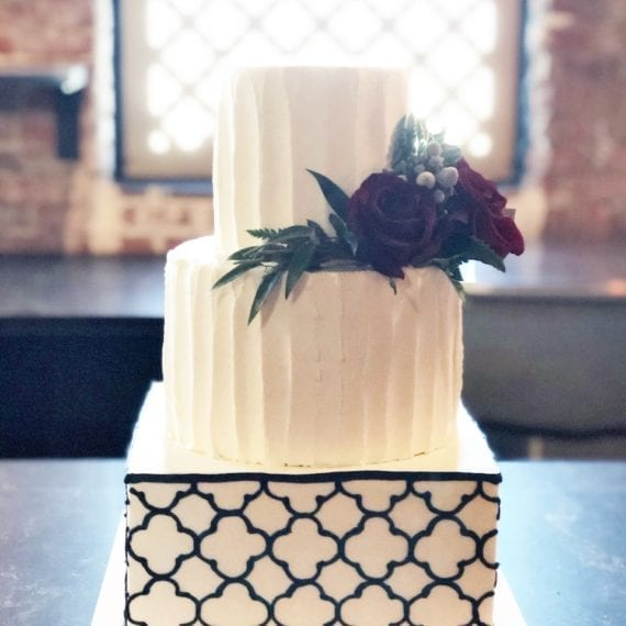 Vertical Textured Buttercream Lines with a Quatrefoil Pattern